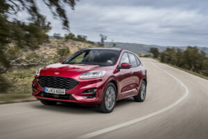 The Ford Kuga is equipped with a highly integrated bolster which is manufactured in hybrid technology from steel panels and the easy- flowing, fibreglass-reinforced polyamide 6 Durethan BKV30H2.0EF. (Photo: Ford)